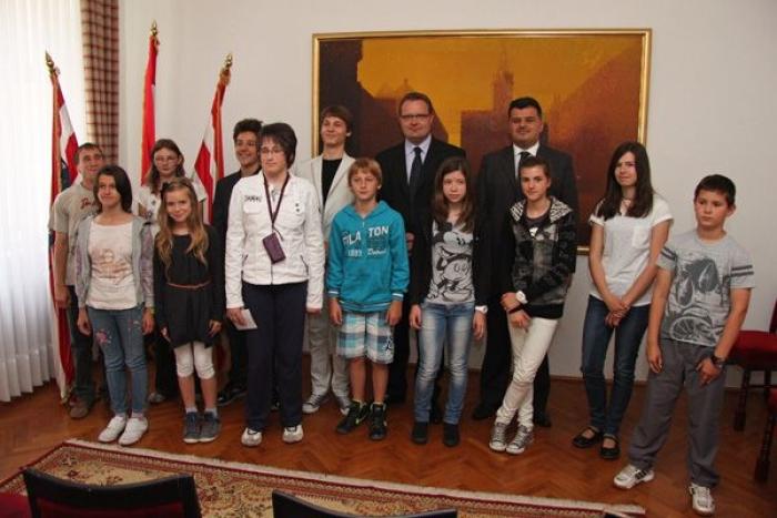 nagrađeni učenici image nagrade_grad