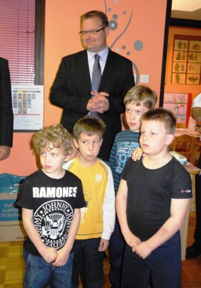 primarna selekcija otpada -djeca s gradonačelnikom1 web