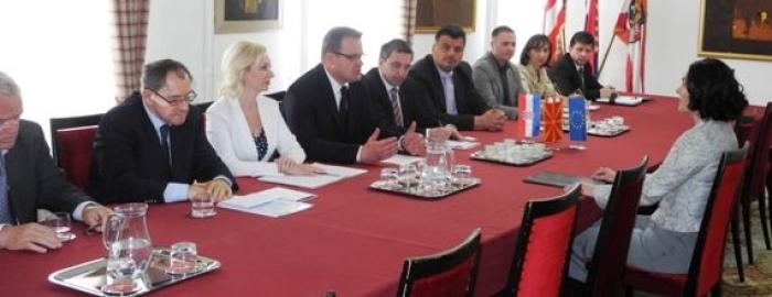 veleposlanica makedonije image veleposlanica makedonije web